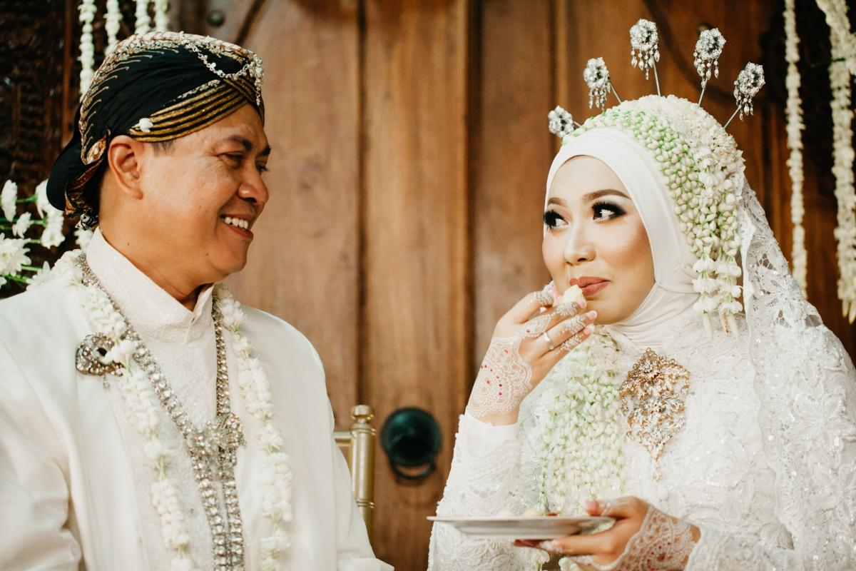 Lepas Menikah